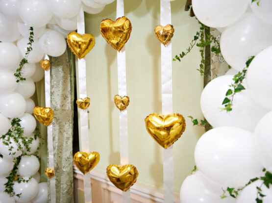 wedding balloons seattle