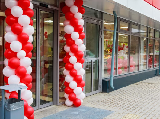 store opening balloons Seattle